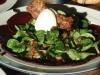 Rote Beete Capaccio mit Feldsalat und Büffelmozarella